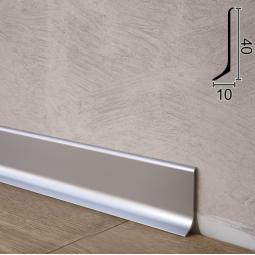 Плоский алюминиевый плинтус для пола Sintezal P-40, 40х10х2700мм. Анодированный