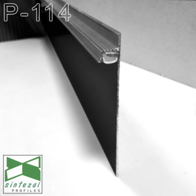 Черный алюминиевый плинтус со скрытой LED-подсветкой P-114B, 100х13,5х2500мм.