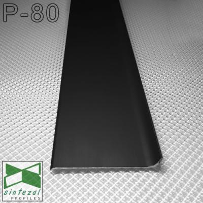 Накладной черный алюминиевый плинтус P-80B, 80х10х2500мм.